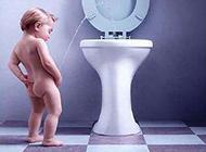 可爱宝宝搞笑图片之如厕高难度