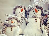 唯美高清冬季可爱雪人风景图片
