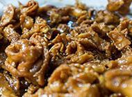 爱上摩洛哥街边小吃狂啃蒸羊头大嚼骆驼肉