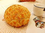 经典港式小吃菠萝油面包图片