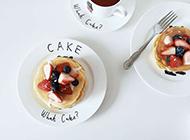 美味下午茶点心草莓巧克力松饼