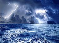 狂风骤雨中的闪电美景 奇特大自然图片
