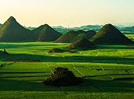 绿色苍翠山川风景壁纸
