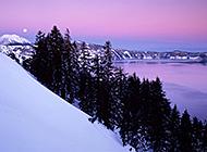山脚唯美自然风景图片