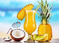 自制菠萝果汁新鲜美味