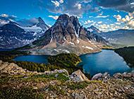 美丽的山脉风景高清图片