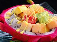 让人垂涎的火龙果水果沙拉图片