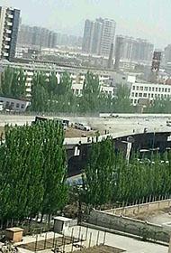 呼和浩特一高架桥发生坍塌 现场尘土弥漫