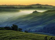绿色唯美草原风景图片高清壁纸
