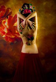 古典美女人体彩绘艺术写真