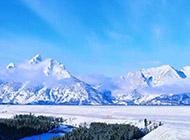 冬天美丽的雪山雪景3d壁纸