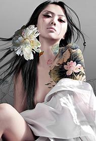 绝色美女最大胆人体艺术水彩画合集