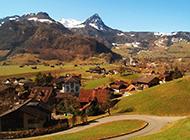 秋天阿尔卑斯山山脉景色图片