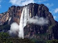 秀美壮丽的瀑布高清桌面壁纸