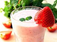 诱人的草莓甜点图片