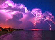 紫色闪电大自然的奇观风景壁纸