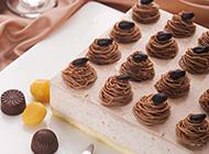 精致手工自制欧式栗子蛋糕图片