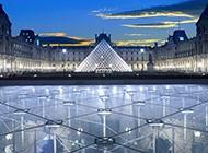 法国卢浮宫辉煌建筑图片赏析