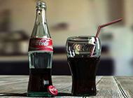 夏日冷饮图片 创意解渴的汽水