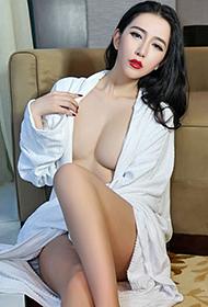 性感模特傅诗瑶SIRI丰满人体艺术图片欣赏