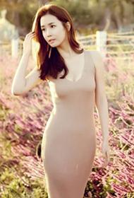 李多海清新长裙秀丰盈火辣身姿
