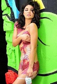 乌克兰美女裸身人体彩绘代言