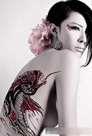 妖娆俄罗斯美女人体彩绘诱惑照片