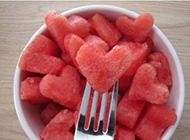 夏日爱上甜甜的西瓜唯美图片