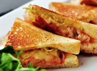 蔬菜三明治图片营养满分早餐首选