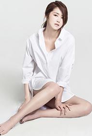 韩星郑珠妍白衬衫性感知性帅气抓拍