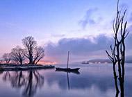 非主流湖畔美丽风景壁纸