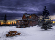 雪山木屋精美风景壁纸赏析