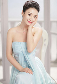 美女明星柳岩抹胸薄纱时尚写真