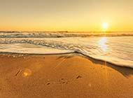 夏日海边唯美素雅度假村美景图