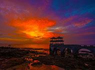 浪漫旖旎的防城港海边夕阳黄昏风景图片