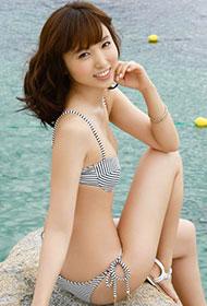 日本泳衣模特吉木梨纱夏日清凉写真