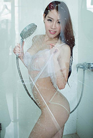 美女浴室湿身性感私房美照