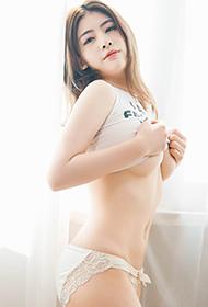 秀人网养眼美女CherryBlessU美腿私房照