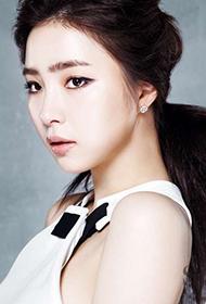 韩国90后女星申世景时尚性感写真