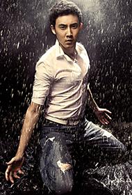 张睿雨中湿身演绎冷峻性感写真