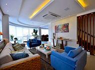 充满个性色彩活力的公寓设计效果图