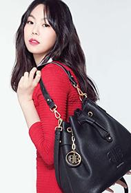 韩国女明星金敏喜时尚穿搭图片