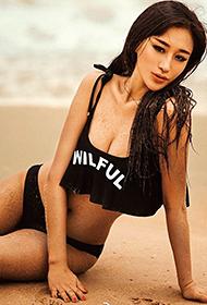 美空模特韩昕怡沙滩湿身性感写真