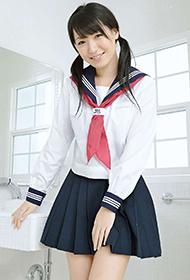 日本学生装美女松下美保清纯诱惑照