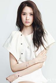 韩国女歌手林允儿魅惑眼神惊艳全场