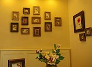 家庭客厅相片墙设计图片欣赏