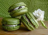 色彩斑斓的超萌甜点马卡龙图片