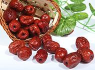 皮红饱满红枣图片素材