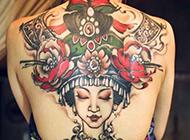 女生后背纹身图案 人物肖像纹身欣赏