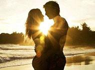 唯美意境阳光幸福情侣图片